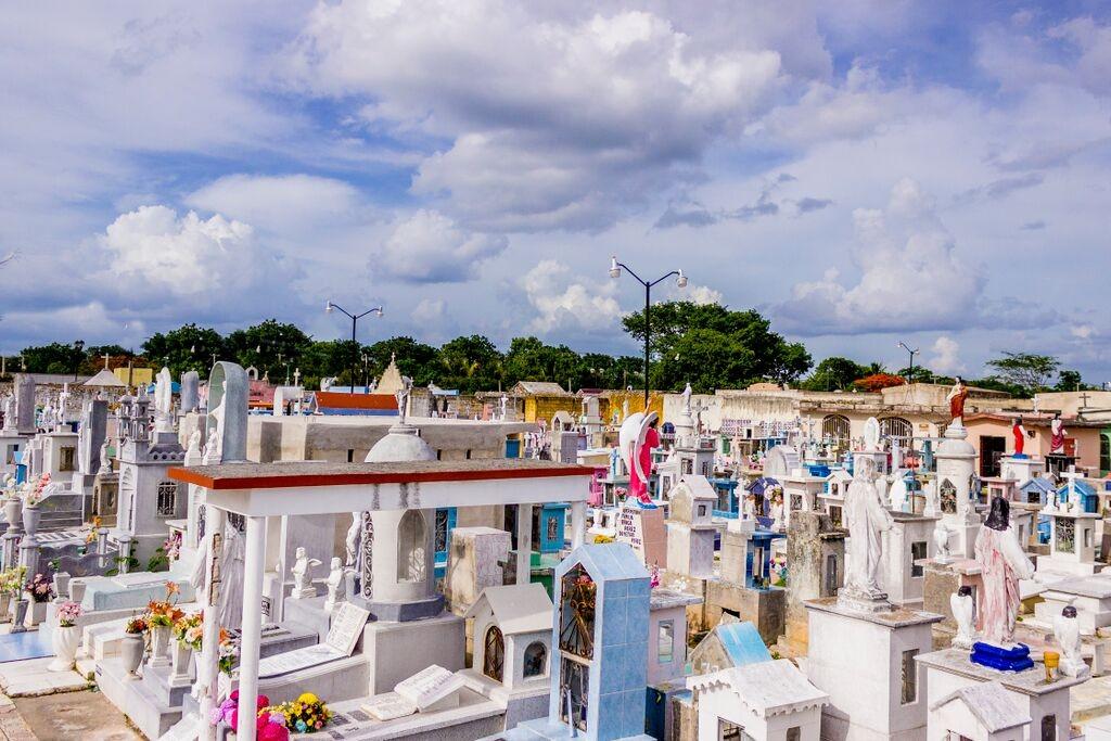 Cementerio de Valladolid Espacios Mágicos